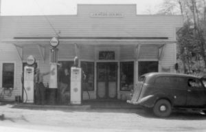 Red Hill Grocery circa 1940