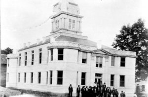 Mitchell County Courthouse in 1907