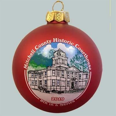 Photo of the Mitchell County Courthouse ornament