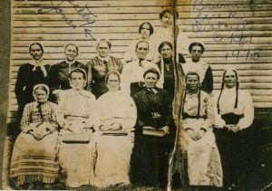 Brummetts Creek Brethren Church Women 1913